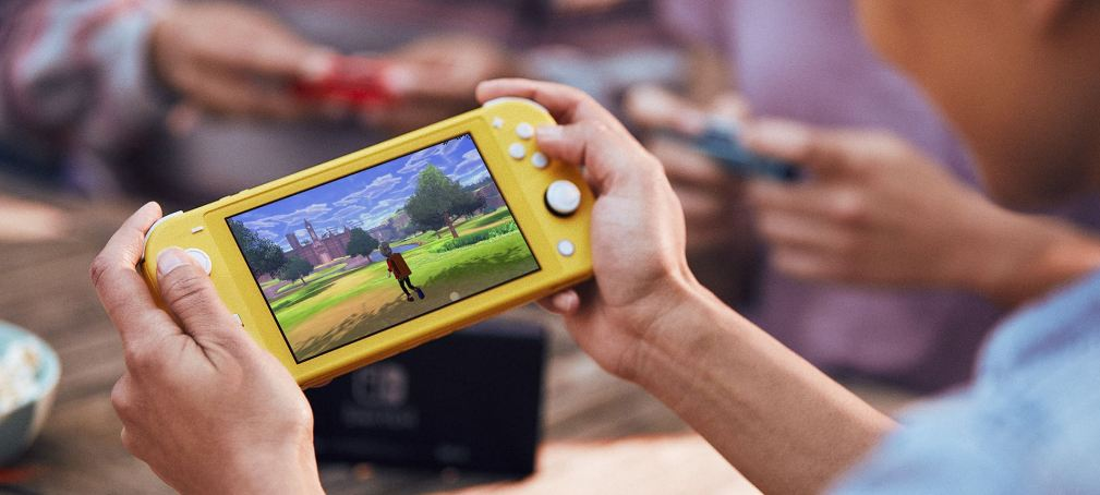 nintendo switch lite dan nintendo switch